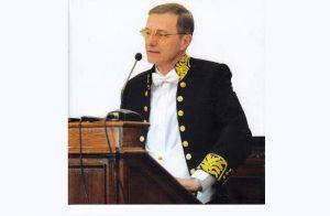 Președintele Academiei Române nu este de acord cu măsura privind Biserica din starea de alertă, deoarece accesul în biserici este capital pentru poporul român