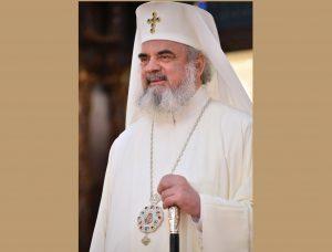 """Patriarhul Daniel: """"starea de pandemie ne cheamă să transformăm suferinţa în speranţă şi izolarea în dorinţă de comuniune mai multă între oameni"""""""