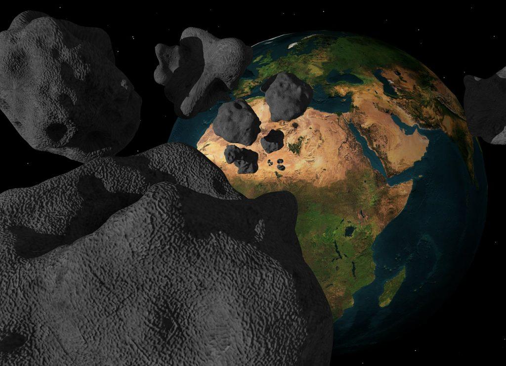 Un asteroid uriaș, abia descoperit, a trecut miercuri pe lângă Pământ