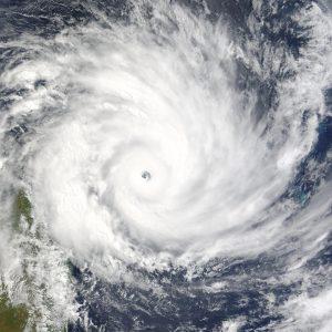 Super-ciclonul Amphan circulă prin zona Oceanului Indian