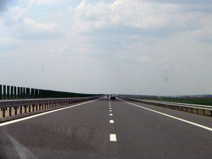 Aglomerație la maximum. Pe Valea Prahovei și pe Autostrada Soarelui, direcția Constanța, se circulă bară la bară