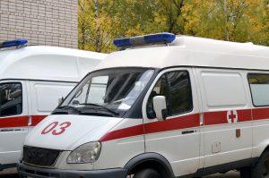 Ambulanțierii protestează pentru că, deși sunt în linia întâi, nu primesc stimulent de risc